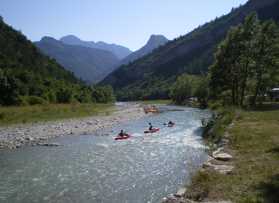 Canoe Devant Camping 3